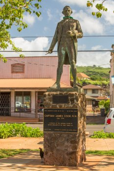 Statue of Captain Cook where he first landed in the Hawaiian Islands at the mouth of the Waimea River.